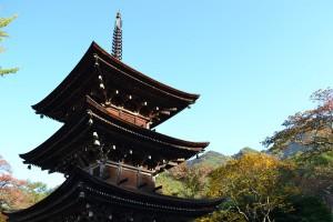 前山寺三重塔2