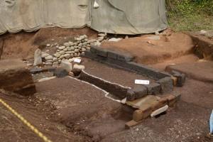 1号池と石組み遺構