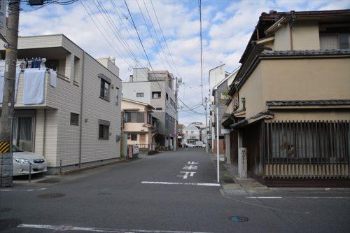 062-01-02_市場横町
